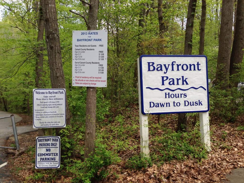 Bayfront Beach parking lot signs
