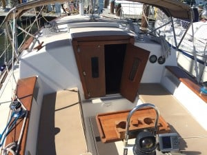 1987 Island Packet 27' cutter