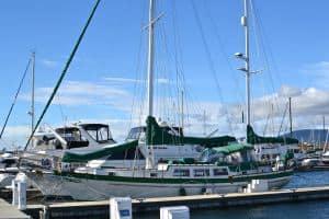Ketch-rigged DE-45 sailboat