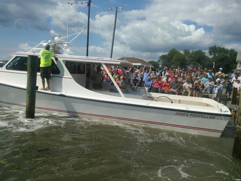 Taylors Island Boat Docking Contest