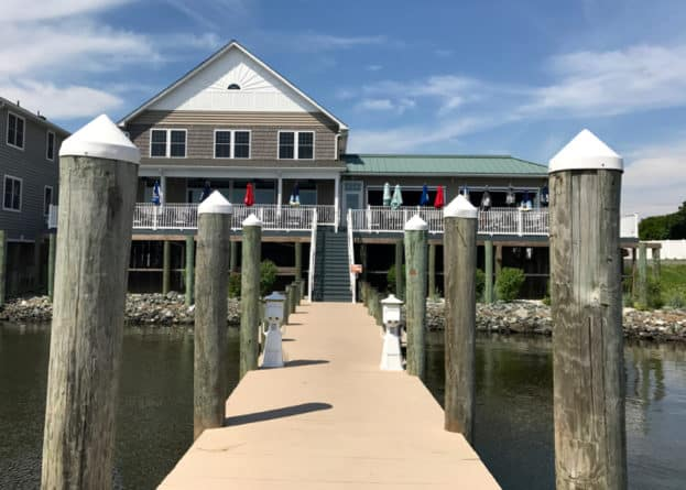Lighthouse Restaurant & Dockbar, Solomons Island