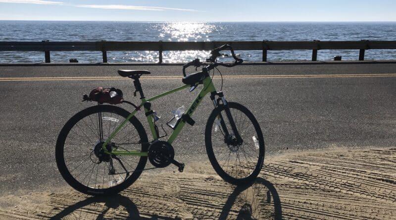 Cycling on Hooper Island