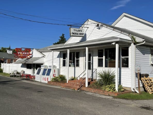 Tyler's Tackle Shop & Seafood in Chesapeake Beach, MD
